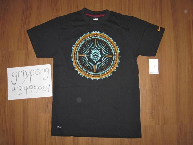 詹姆斯狮子头黑色t恤,尺码内详,价格75,喜欢的来 3回复图片