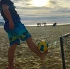 Mic爱踢球